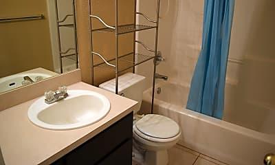 Bathroom, 2611 Mason Dr, 2