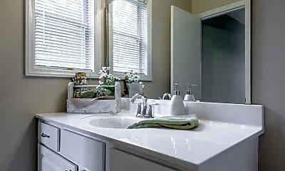 Bathroom, Treybrooke, 2