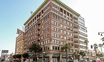 Building, 1645 Vine St 409, 1