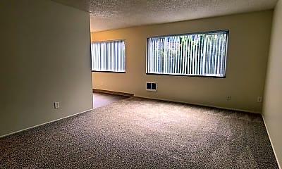 Living Room, 1946 NE TILLAMOOK ST, 1