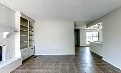 Living Room, 6607 Lyrewood Ln, 1