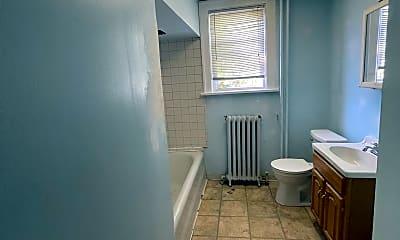 Bathroom, 67 S Main Ave, 2