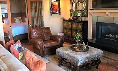 Living Room, 3455 Studio Dr, 1