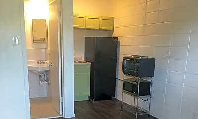 Kitchen, 500 Elmwood Pl, 2