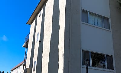 Villa Collina, 0