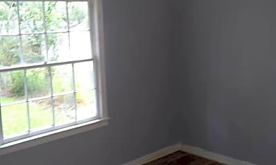 Living Room, 605 Everette St, 2