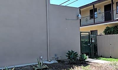 Villa Downey, 2