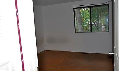 123 N Cottage Rd, 2