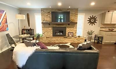 Living Room, 11904 N Oaks Dr, 0