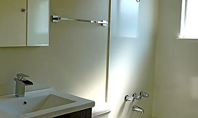 Bathroom, 163rd Ave, 1