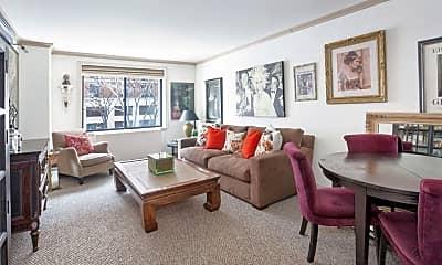 Living Room, 355 Albany St, 0