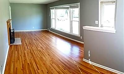 Living Room, 4332 3rd Ave S, 2