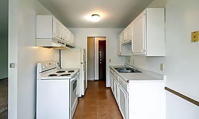 Kitchen, 6281 Louisiana Ave N, 1