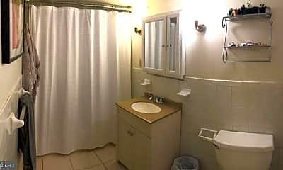 Bathroom, 100 N 3rd St 4A, 2