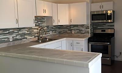 Kitchen, 17575 Yukon Ave, 0