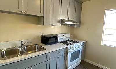Kitchen, 649 Leonard Ave, 1