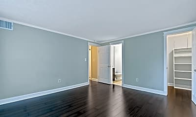 Living Room, 8422 Obannon Ct, 2