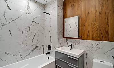Bathroom, 1323 Chisholm St 5-B, 1