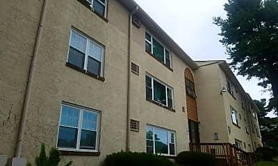 Juniper Hill Apartments, 0