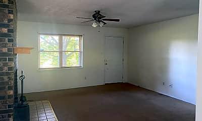 Living Room, 5508 Poplar St, 1