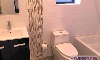 Bathroom, 523 W 187th St, 2