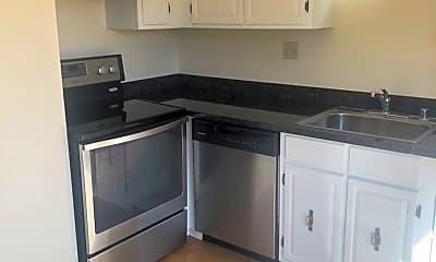 Kitchen, 125 Bay St, 1