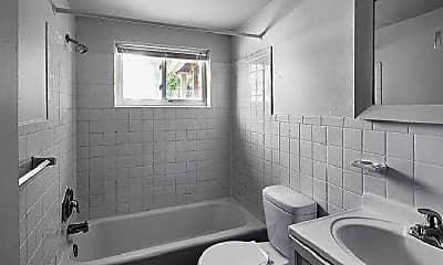 Bathroom, 70 Court Dr, 2