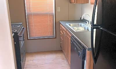 Kitchen, 150 S Roberson Rd, 2