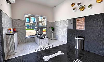 Fitness Weight Room, Alta Tech Ridge Apartments, 2