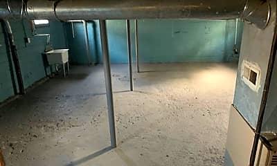 Patio / Deck, 196 Beach St, 2