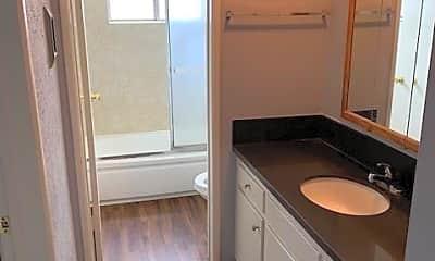 Bathroom, 445 Coronado Ave, 2