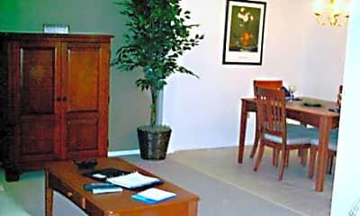 Huntington Hills Condominiums and Apartments, 1