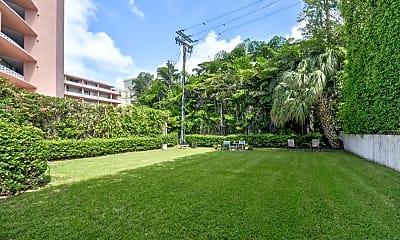 Recreation Area, 445 Brazilian Avenue, 1