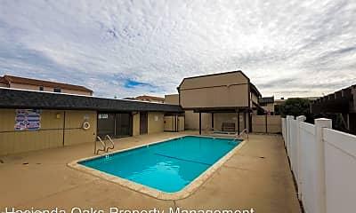 Pool, 1960 McClelland St, 2