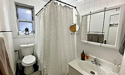 Bathroom, 204 23rd St, 2