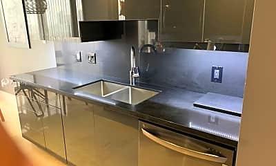 Kitchen, 2000 Island Blvd 2408, 2