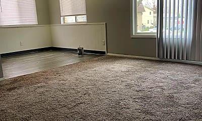 Living Room, 728 Donahue, 1