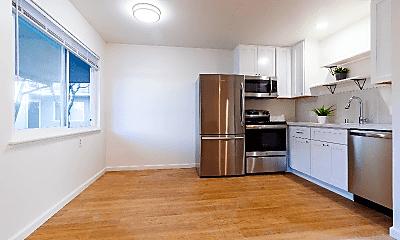 Kitchen, 2174 Royal Dr, 0