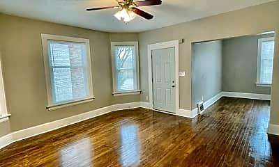 Living Room, 508 N 39th St, 1
