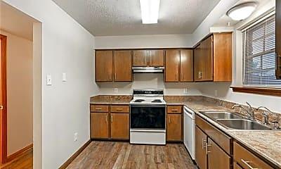 Kitchen, 4427 Calumet St, 1