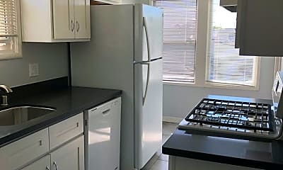 Kitchen, 131 South Blvd, 0