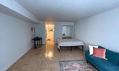 Living Room, 333 E 75th St, 1