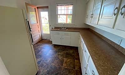 Kitchen, 134 N Barry St, 1