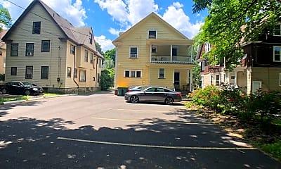 Building, 102 Rutgers St, 2
