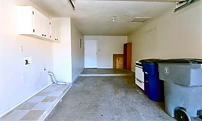 Living Room, 6925 Escondido Dr B, 2