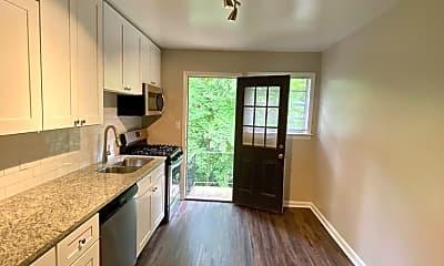 Kitchen, 225 Hillcrest Ave, 2