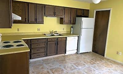 Kitchen, 32 Yellowstone Ave, 1