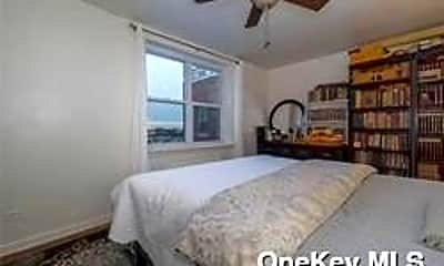Bedroom, 84-50 169th St 306, 1