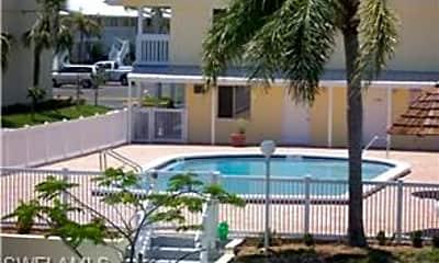 Building, 4631 Bayshore Dr, 1