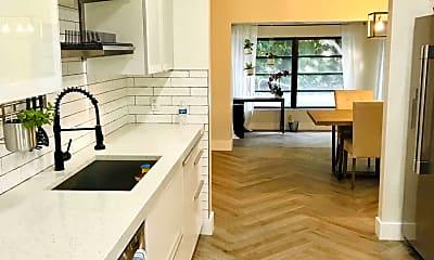 Kitchen, 7423 Clarke Rd, 1